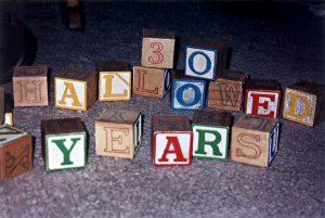 Blocks spelling '30 Hallowed Years'